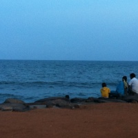 Killing time in Pondicherry: DON'T LET BAGGAGE RUIN YOUR LIFE
