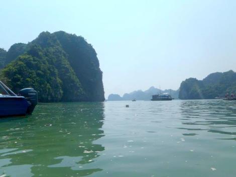 Ha Long Bay Castaway Island